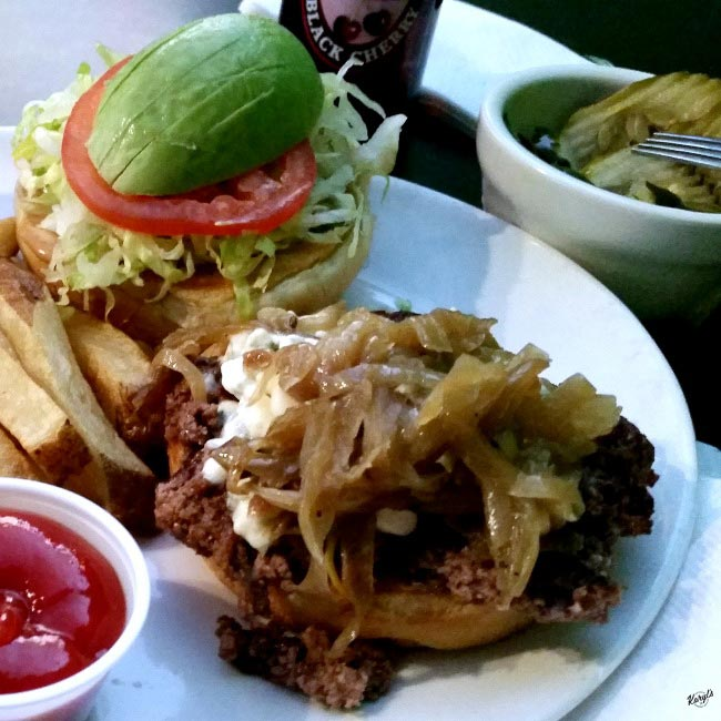 Fizz Burgers & Bottles, Wichita KS - Karyl's Kulinary Krusade