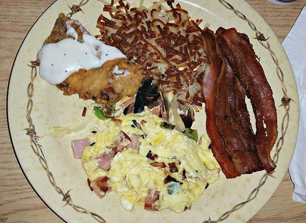 Cafe 33, Perkins OK - Karyl's Kulinary Krusade