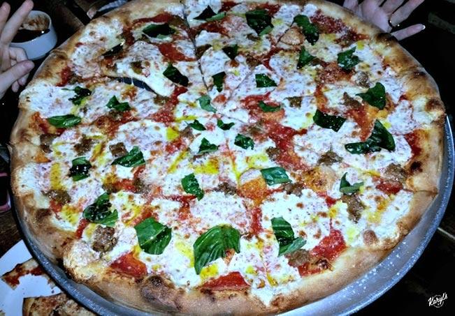 Andolini's Pizzeria, Tulsa OK - Karyl's Kulinary Krusade