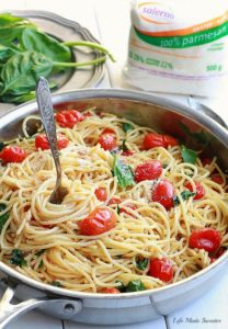 Cherry Tomato, Basil, Spinach & Parmesan Pasta by Life Made Sweeter