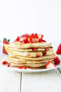 Strawberry Lemon Poppyseed Pancakes by Creme de la Crumb