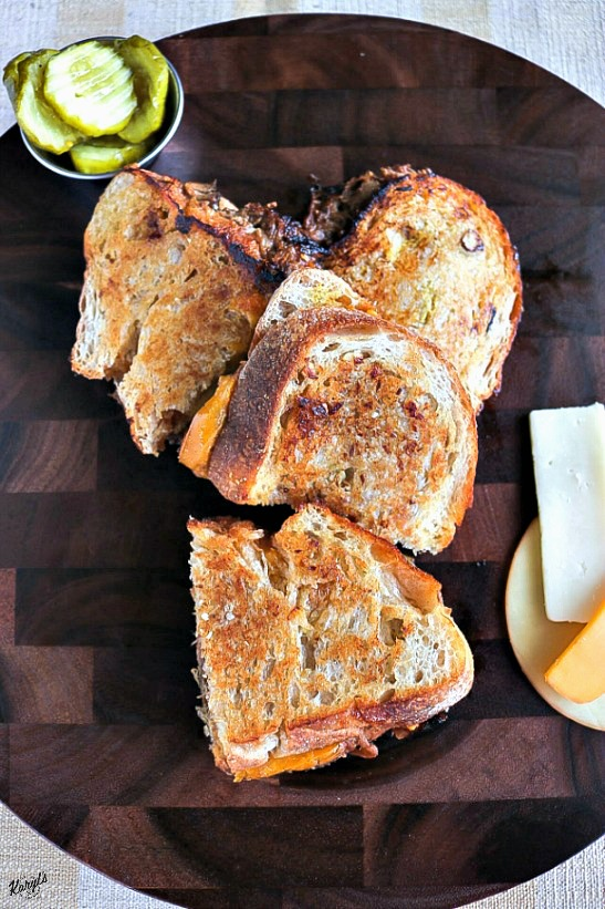 Pulled Pork Grilled Cheese - Karyl's Kulinary Krusade