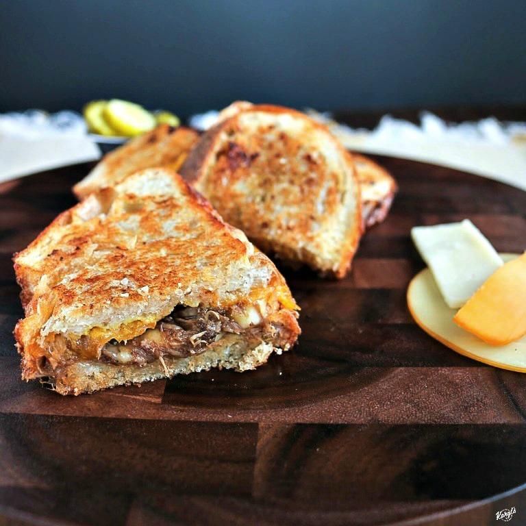 Pulled Pork Grilled Cheese - Karyl's Kulinary Krusade